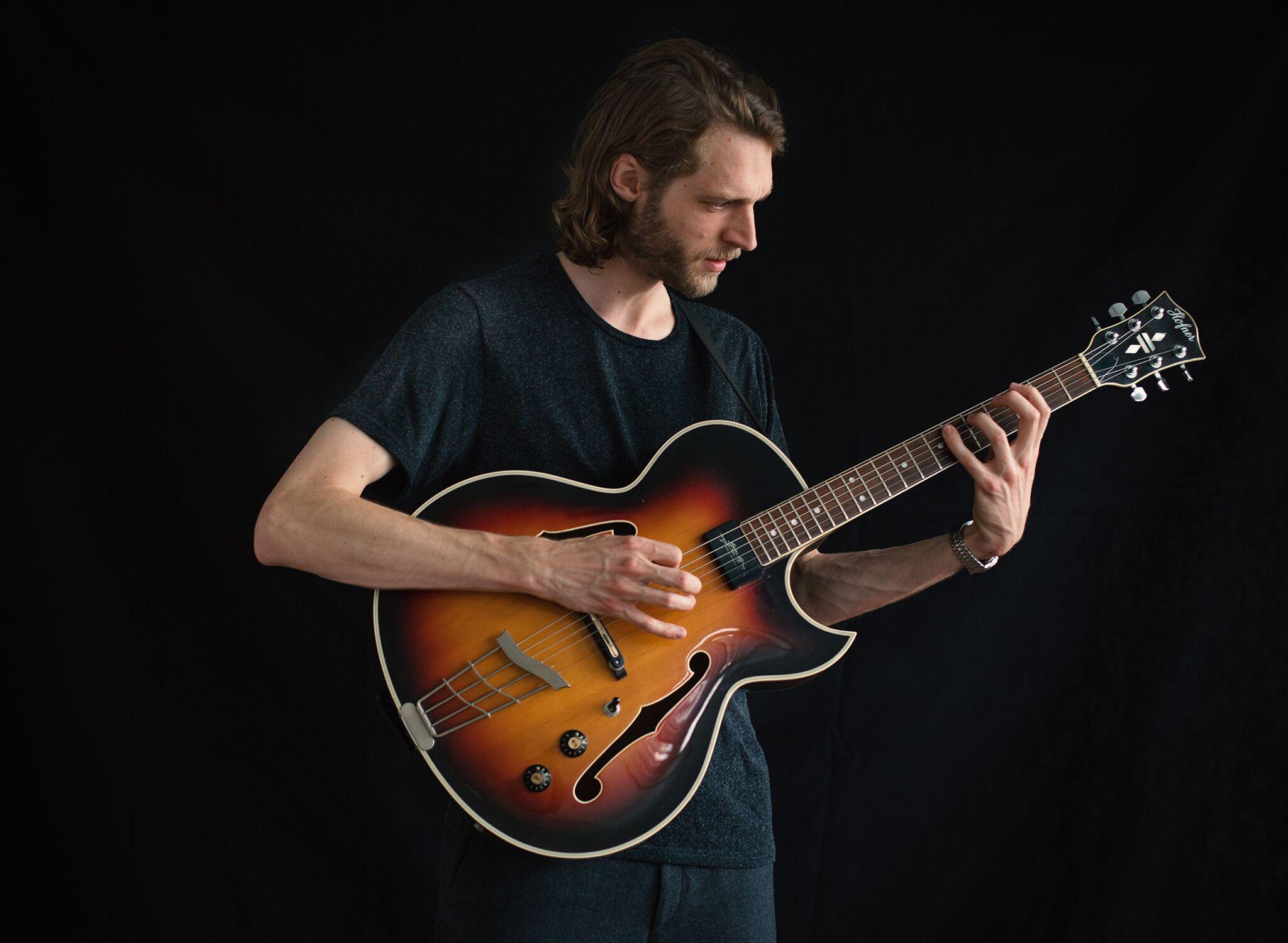 Silvan Jeger, Gitarre